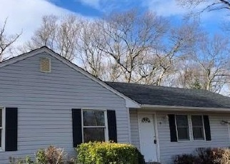 Casa en Remate en Port Jefferson Station 11776 KOOL PL - Identificador: 4345737129