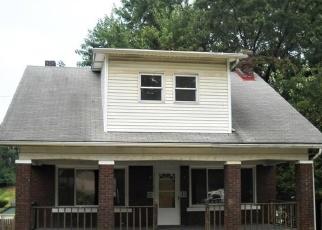 Casa en Remate en East Mc Keesport 15035 MCCLURE AVE - Identificador: 4348845440