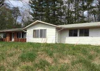 Casa en Remate en Old Fort 28762 GOLF COURSE RD - Identificador: 4358262763