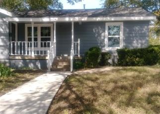 Casa en Remate en Haltom City 76117 DOYLE ST - Identificador: 4364013800