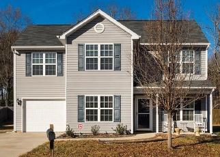 Casa en Remate en Greensboro 27405 MOONLIGHT LN - Identificador: 4369951407