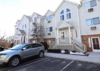 Casa en Remate en Waterbury 06708 ORONOKE RD - Identificador: 4373160889