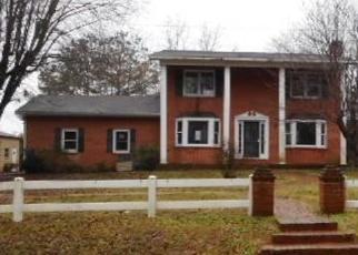 Casa en Remate en Dobson 27017 BUCK FORK RD - Identificador: 4374278144