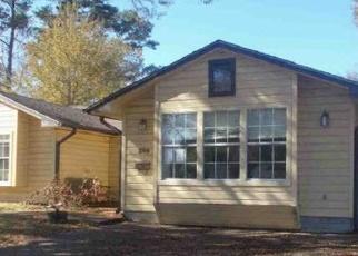 Casa en Remate en Silsbee 77656 LIVEOAK ST - Identificador: 4375863623