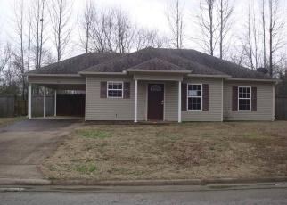 Casa en Remate en Ward 72176 LUCY LN - Identificador: 4377894507