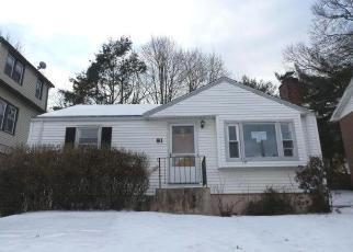 Casa en Remate en Hartford 06114 NEWBURY ST - Identificador: 4378385471