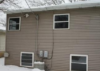 Casa en Remate en Round Lake 60073 WOODLAND DR - Identificador: 4378942577