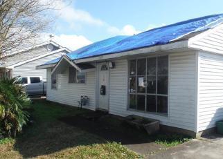 Casa en Remate en Westwego 70094 N BETTY LN - Identificador: 4379295132