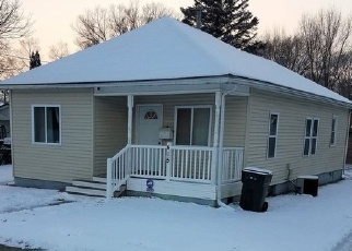 Casa en Remate en Waterloo 50703 BEECH ST - Identificador: 4382710912