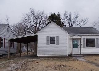 Casa en Remate en Mount Vernon 62864 CHERRY ST - Identificador: 4388731736