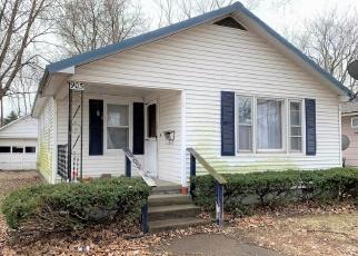Casa en Remate en Mount Carmel 62863 W 4TH ST - Identificador: 4390155589