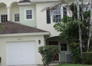 Casa en Remate en Lake Worth 33461 EMERALD VIS - Identificador: 4392177719