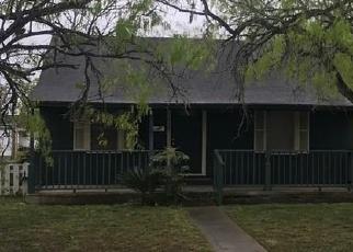 Casa en Remate en Bishop 78343 E 3RD ST - Identificador: 4392632325