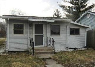 Casa en Remate en Cedar Lake 46303 GREENLEAF PL - Identificador: 4392823281