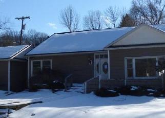Casa en Remate en Woodridge 12789 FIRST ST - Identificador: 4392938475