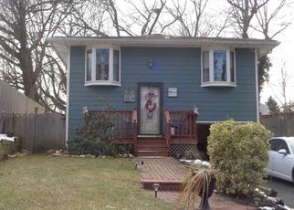 Casa en Remate en Ronkonkoma 11779 BOULDER ST - Identificador: 4393655435