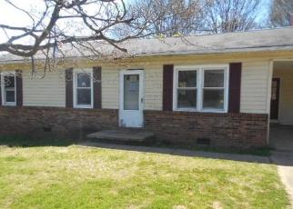 Casa en Remate en Yadkinville 27055 TRACY ST - Identificador: 4393898963