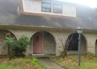 Casa en Remate en Houston 77082 CEDAR GARDENS DR - Identificador: 4395468652