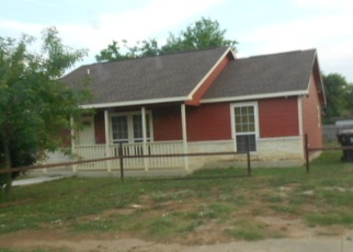Casa en Remate en Pearsall 78061 E NUECES ST - Identificador: 4397640565