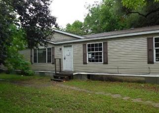 Casa en Remate en Lockhart 78644 BIRCH ST - Identificador: 4397689619
