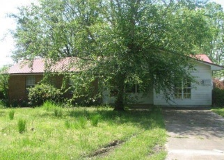 Casa en Remate en Greenwood 38930 N HIGH ST - Identificador: 4398103945