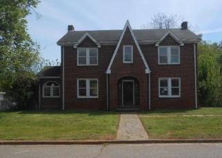 Casa en Remate en Martinsville 24112 MOSS ST S - Identificador: 4399917141