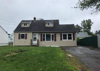 Casa en Remate en Danbury 06810 VIRGINIA AVE - Identificador: 4400500983