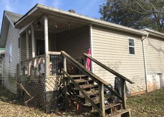 Casa en Remate en Bardstown 40004 WOODLAWN RD - Identificador: 4400525947