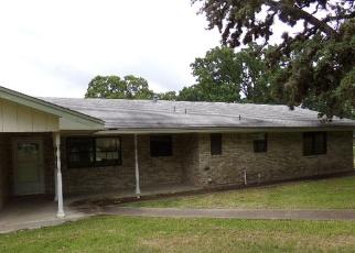 Casa en Remate en Kerrville 78028 E CEDAR DR - Identificador: 4401868768