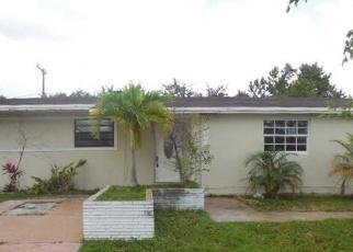 Casa en Remate en Miami 33157 SW 177TH TER - Identificador: 4402102195