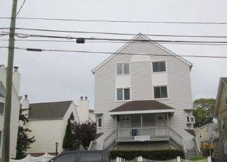 Casa en Remate en Stamford 06901 GROVE ST - Identificador: 4404475138
