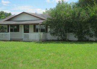 Casa en Remate en Dale 78616 LONGHOLLOW RD - Identificador: 4405625706