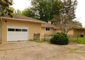 Casa en Remate en Carbondale 62901 W CARTER ST - Identificador: 4406112735