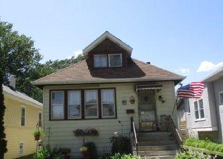 Casa en Remate en Forest Park 60130 ELGIN AVE - Identificador: 4410431146