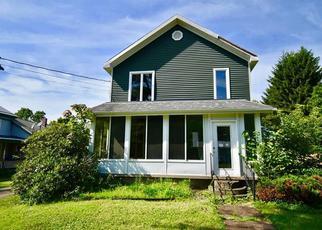 Casa en Remate en Randolph 14772 HALL ST - Identificador: 4410704899