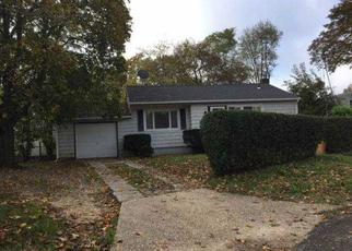 Casa en Remate en Brentwood 11717 GRAND BLVD - Identificador: 4410807366