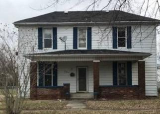 Casa en Remate en Clinton 47842 MULBERRY ST - Identificador: 4411982457