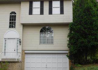 Casa en Remate en Pittsburgh 15235 NEWPORT DR - Identificador: 4412260577