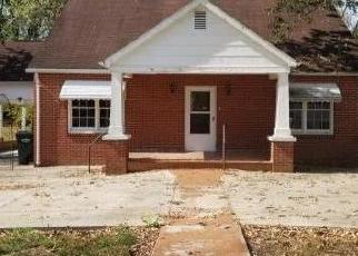 Casa en Remate en Greeneville 37745 HILLCREST DR - Identificador: 4416134905