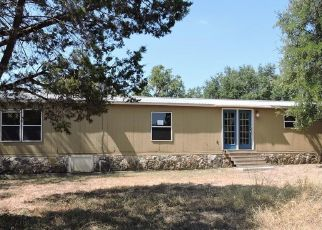 Casa en Remate en Liberty Hill 78642 HIDDEN OAKS LN - Identificador: 4417020473