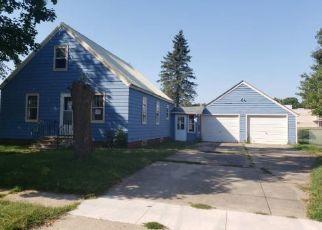 Casa en Remate en Estherville 51334 3RD AVE S - Identificador: 4417317870
