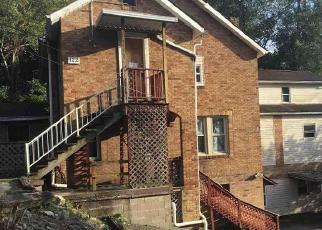 Casa en Remate en Fairmont 26554 HIGHLAND DR - Identificador: 4419414436