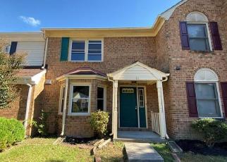 Casa en Remate en Hampton 23666 N LAKE LOOP - Identificador: 4421023556