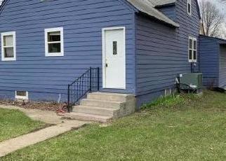 Casa en Remate en Badger 57214 W MAIN ST - Identificador: 4421345464