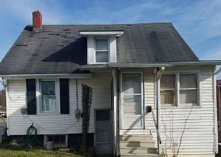 Casa en Remate en Petersburg 26847 PIERPONT ST - Identificador: 4421968261