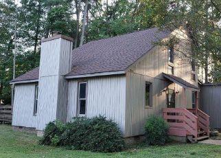 Casa en Remate en Gloucester Point 23062 WATERS EDGE LN - Identificador: 4422306828