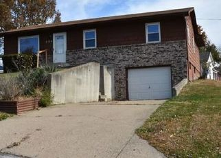 Casa en Remate en Moberly 65270 CREST DR - Identificador: 4425283287