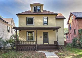 Casa en Remate en East Stroudsburg 18301 ANALOMINK ST - Identificador: 4426524961