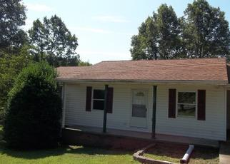 Casa en Remate en Dickson 37055 FIRE TOWER RD - Identificador: 4430132538