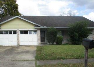 Casa en Remate en Pearland 77581 PECAN HOLLOW ST - Identificador: 4435076831